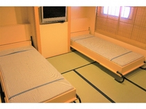 ◆スイート【子持(こもち) 501号室】収納式ベッド