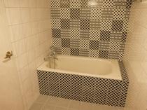 アーバンジャパニーズツイン浴室