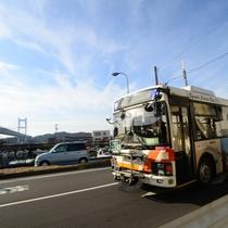 下津井~児島を走るジーンズバス