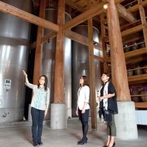 【忠孝酒蔵】美味しい泡盛を作る工場を見学♪ガイド付きが人気!