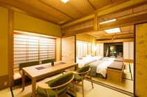 露天風呂付き客室 「椿」(6畳入りがけから)