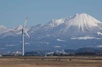 一冬に数回ある安来から見た澄みきった大山