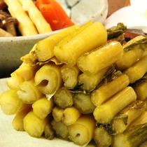野沢菜漬けの漬物のイメージです