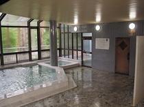 ラドン温泉大浴場①