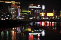 夜の那珂川