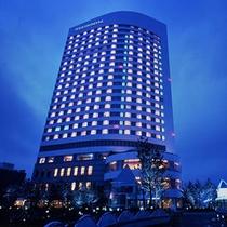 ホテル夜外観イメージ