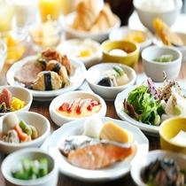 ◇郷土料理が自慢の朝食バイキング