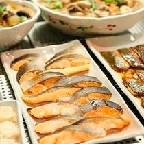 ◇朝食バイキング:焼魚