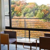 西館からの眺め(秋)