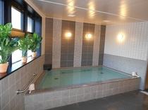大浴場「春日の湯」