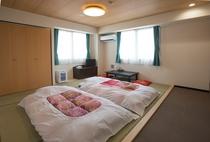 ◇和室◇2~4名様でご利用いただけます。ご家族連れでのご宿泊にも