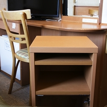 可動式テーブル☆デスクやベッドのサイドテーブルとして自由に動かしてお使いください