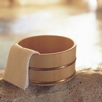 月光園のお風呂◆全ての浴場にバスタオルを完備。手ぶらで館内の湯めぐりをお楽しみ下さいませ。