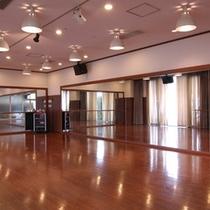 フィットネス②【スタジオではレッスンも開催中】