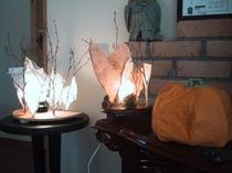 温かい灯りのランプシェード、手作り感いっぱいのオリジナル