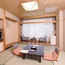 【和室8畳】一例/ご夫婦やカップルのお客様に寛いで頂ける和室8畳は、畳敷きと広縁がございます。