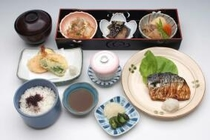 ナンカイ A定食(魚料理メイン)