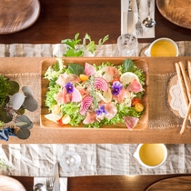 量は控えめに、地元野菜たっぷりのラスティック・フレンチをリーズナブルに楽しめる【プチ・コース】
