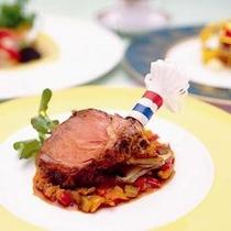 ダイニングボルドー ディナー肉料理イメージ