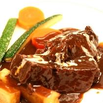 メイン料理一例(お肉)
