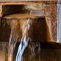 温泉湯口イメージ