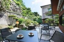 【御殿守・館内施設】日本庭園とガーデンテラス
