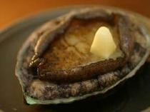 地物アワビのバター焼き