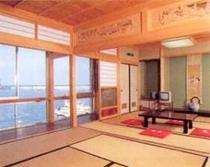 離れ 別荘 1階14畳 海が見える客室でごゆっくりお寛ぎ下さい
