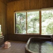 *貸切風呂(一例) インド産インペリアルストーン(天然石)を刳り貫いた贅沢な造り!