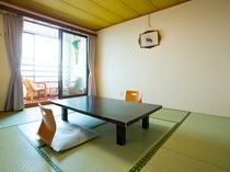 海の見える和室(旧館2階8畳)