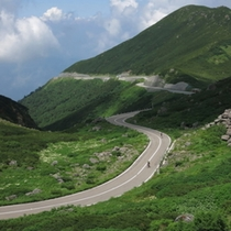 【乗鞍】飛騨山脈の南部東側に位置する高原。ホテルから車で約90分