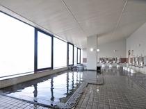 【展望大浴場】ご入浴時間は朝6時から9時、夜17時から23時まで。