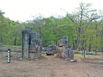 【橋野高炉跡】1858年(安政5)建造された日本最古の洋式高炉跡として国の文化財(史跡)に指定されて