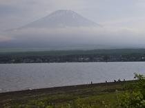 長池から見た富士山