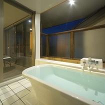 2013年4月オープン 露天風呂付客室「天神」