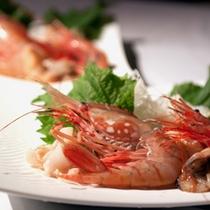 *新鮮な海の幸料理