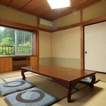 池の見える和室(6〜10畳)