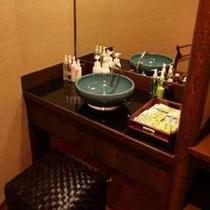 特別室にある洗面とアメニティー