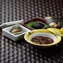 朝食の小鉢それぞれ