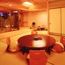 和モダン露天客室一例