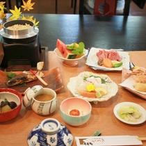 【岩井会席】通常料理よりもワンランク上の料理が味わえるプランです(秋一例)