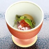 【先付】ほたるイカ 酢味噌とともに