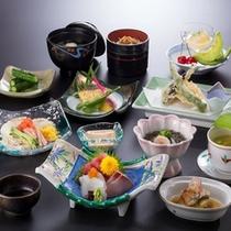 *【STD夕食(夏/一例)】月替わりの和風会席膳をお楽しみください。