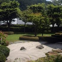 *和風庭園 さわやかな空気の中で、ゆったりとお過ごしください。