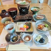 *【夕食一例】富山湾の海の幸や郷土料理など季節の和会席