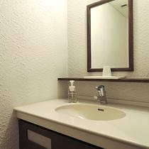*【客室一例】ツインルームの洗面
