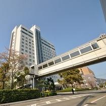 徳島外観 ローソンへ繋がる渡り廊下