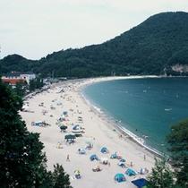 約800mの砂浜がつづく「 さづビーチ 」