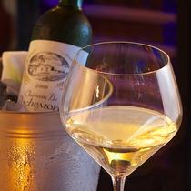 ■厳選されたフランス産白ワイン(ボルドー)