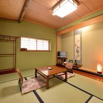 *【道路側】和室10+広縁4畳(トイレ付) トイレ付きの広々としたお部屋。